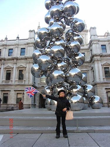 2010年、9歳。Royal Academy of Artsにて